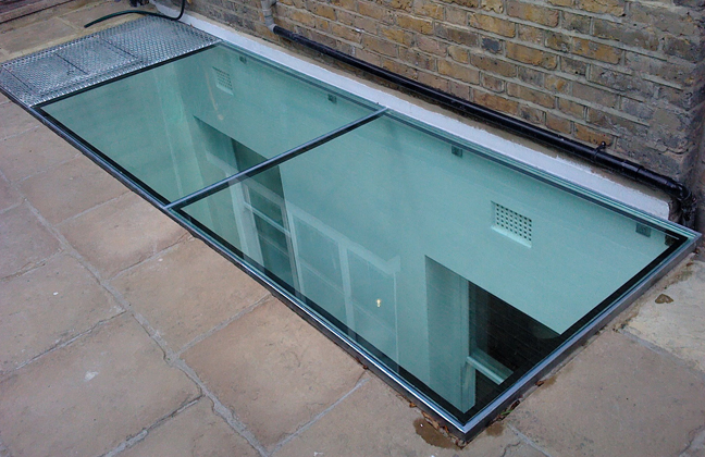 Lucasglass glass floor panels walk on glass london for Floor to ceiling glass panels